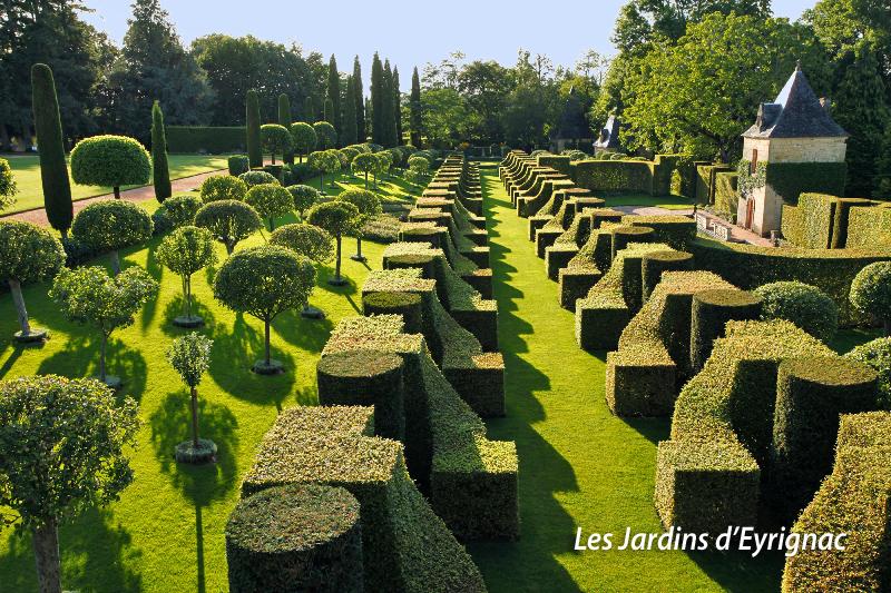 LES JARDINS DU MANOIR D'EYRIGNAC-PERIGORD-FRANCE-AOUT 2009- PHOTO: ERIC SANDER (ericsander.com)